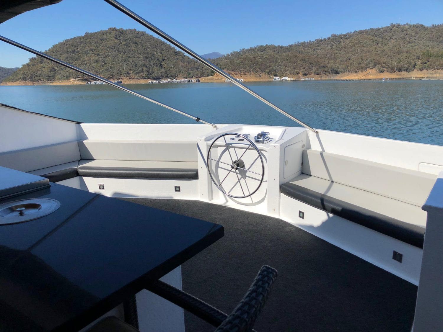 Bellagio Sold House Boat Sales Lake Eildon