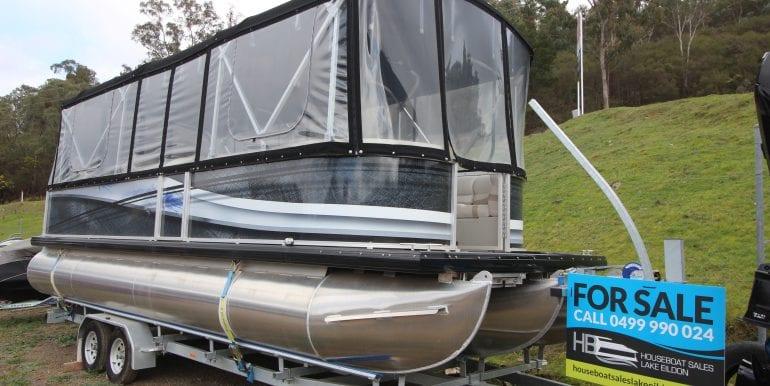 pontoon boat 27